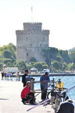Vissers bij Witte Toren Thessaloniki Macedonie   De Griekse Gids - Foto van De Griekse Gids