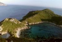 Uitzicht baai Agios Georgios Noord Corfu - Foto van Jan Kok